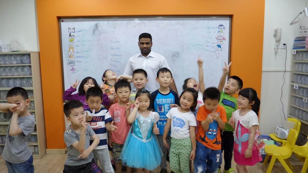 Hear from Our Teacher in Shanghai - Eston